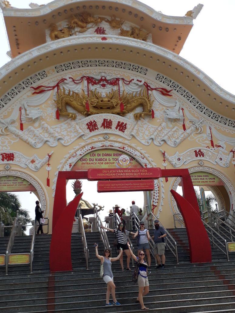 Suón Tiên- A Vietnamese AmusementPark